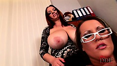 In the office, two stacked milfs set up a lesbian encounter to enjoy a pleasant time