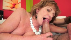 Stacked Mature Has A Young Man Eating Out And Banging Her Sweet Peach