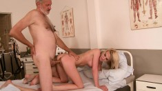 Blonde cock-loving bimbo is eager to bang an older superstud
