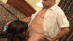 Hung black dude gives a fat ebony chick the deep fucking she deserves