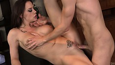 She gives him a blowjob and spreads her legs wide open to have him fuck her cunt deep